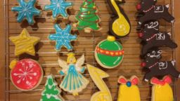 Trying a new sugar cookie recipe for Christmas – I think this could be THE one!
